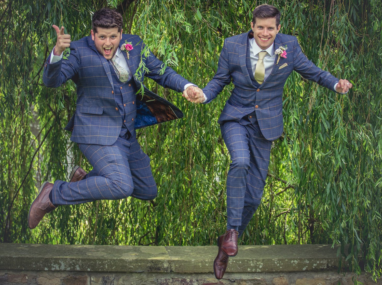Best man groomsmen wedding photograph