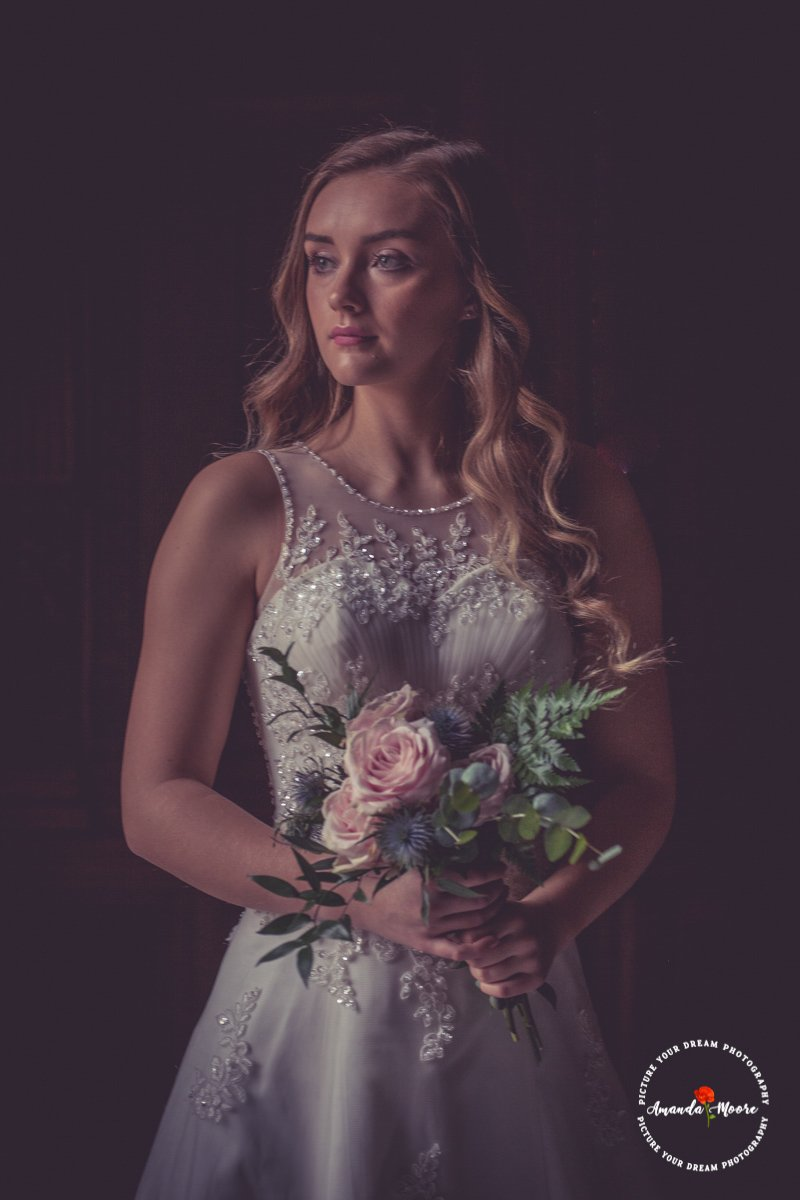 Bridesmaid girl wedding photograph