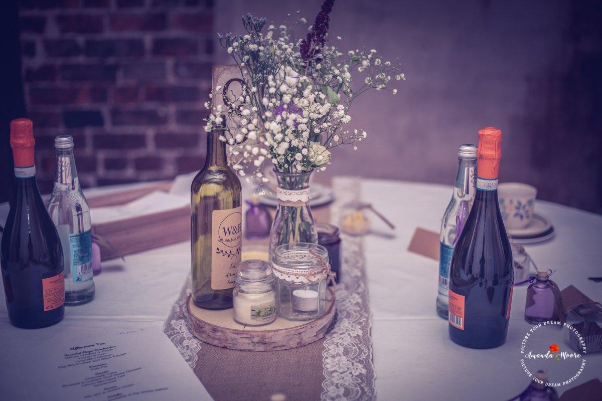 wedding table setting photograph